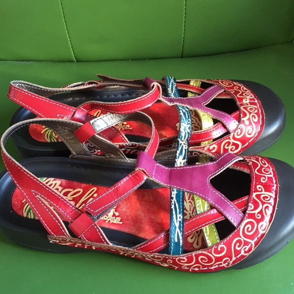 8248df75cf3aa NWT Corky s Sandals Size 10